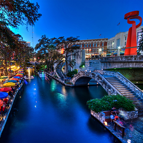 San Antonio Riverwalk Waterfront